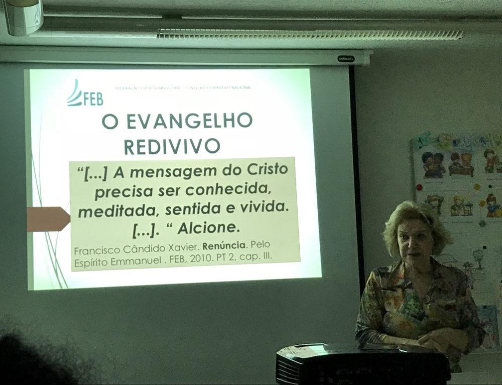 Casas espíritas iniciam implantação do Projeto Evangelho Redivivo
